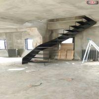 saç-yanaklı-merdiven-5